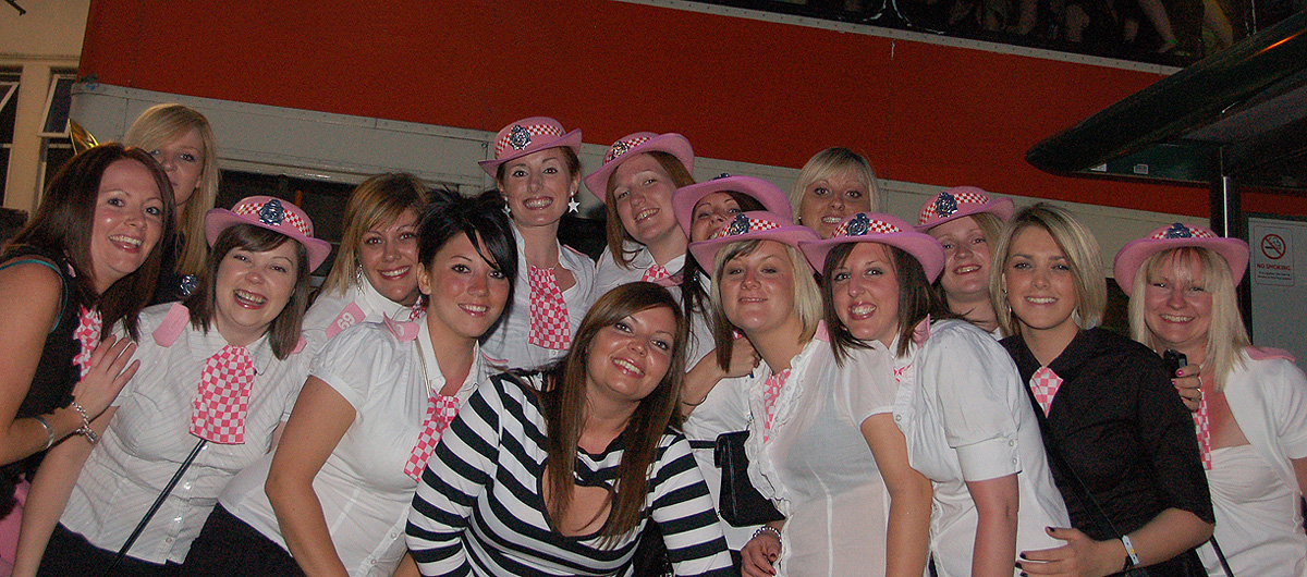 Bournemouth-Hen-Party-Bus