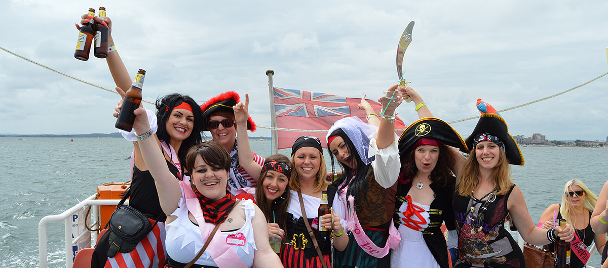 Poole-pirate-party-boat